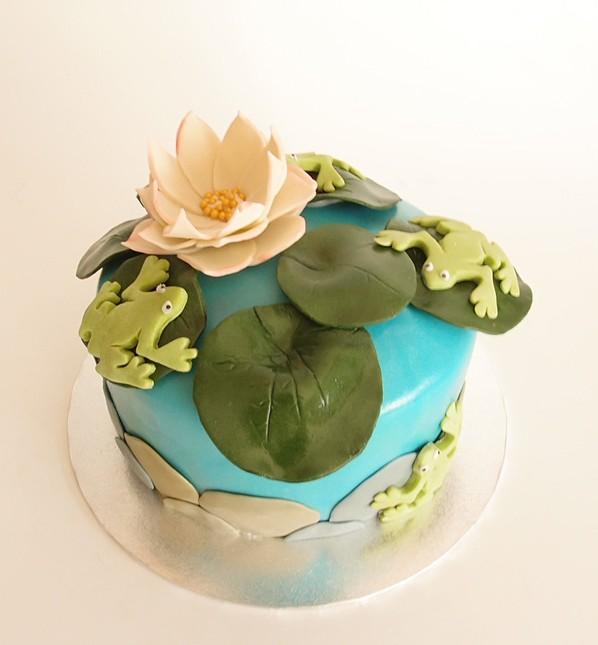 Frosch-Teich-Torte. Foto: Anett Noster White Rabbit