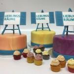Drei Torten und Cupcakes mit Tafeln Lieblingsräume. Foto: White Rabbit Bremen